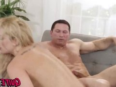 Blonde chick Dahlia Sky gets hammered in hard threesome