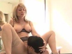 SB2 Hot Mom Shags Her Sons Friend !