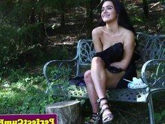 Outdoors teen beauty cocksucks till facial