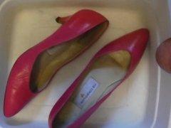 Pissing Pink Heels fm jackandcoke1947 p1