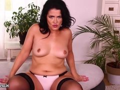 Monte Swinger Plays Her Pussy With A Dildo