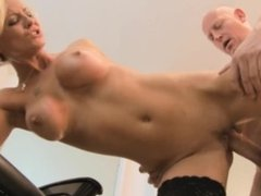 cut and blow disk 1 - Scene 4