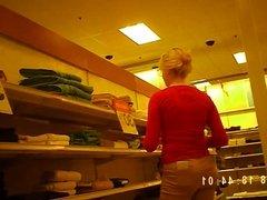 Blonde Target employee with nice ass.avi