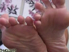 I need you to suck on each one of my pink little toes