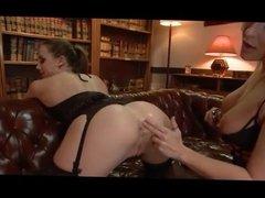 Lesbian Anal Play