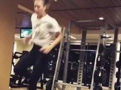 Sharapova wearing leggings at the gym