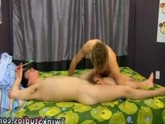 Gay man jacking off loudly Kenny Monroe has