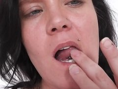 German Amateur enjoys herself with a Dildo
