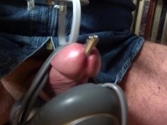 cumming through a peehole screw by my new massager toy
