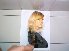 I give a facial cum tribute to Taylor Swift