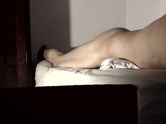 Pillow humping cum spurt