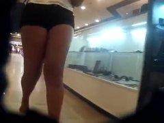 de shortinho e rabuda (big ass in shorts) T90