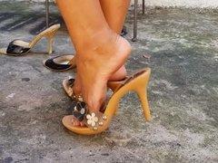 Hot Feet Clip