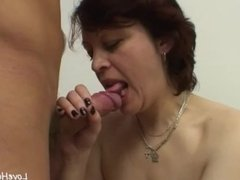 Milf sucking cock and getting fucked nicely