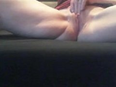 Caught on cam bringing myself to a wet noisy orgasam..OMG!!!