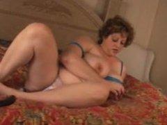 BBW MILF Jenny does anal with Dee Wise.