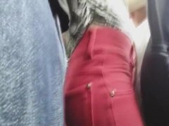 Novinha Sem Calcinha no Bus e Encoxada na Sua Amiga