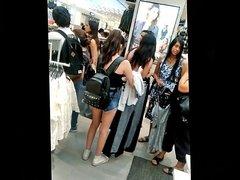 Nena flaquita en mini shorts - Skinny girl in mini shorts
