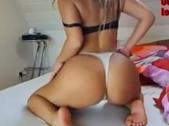 Hot Girl with Huge Ass Twerking in slow motion