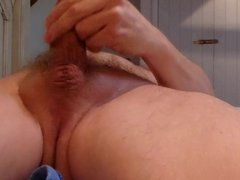 Daddy plays with himself, wanking, moaning but cums dry.