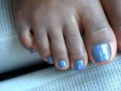 Tiara Blue Toenails
