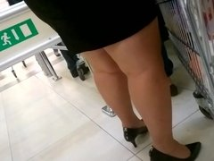 Sexy chubby slow motion legs and heels
