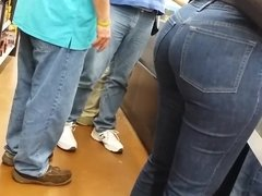 bubble booty in jeans (hd)