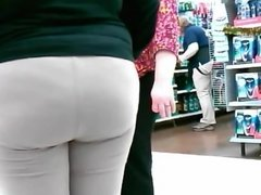 Big Butt White Teen ASSociate at Walmart!