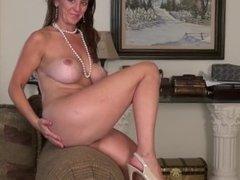 Big boobs mature mom sex video