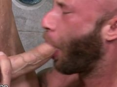 Muscular gays fuck in the shower