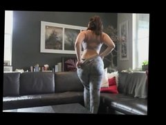 Hot curvy pawg brunette stripping and getting naked