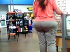 Big booty pawg milf walmart internet find