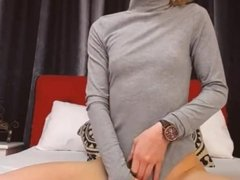 Blonde Hottie Fucks Her Cameltoe Using Her Favorite Dildo