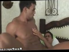 Two Extremely Hot Latino do Bareback sex in public