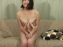 MLDO-148 A Wife Shows Off Her Cheating and Mocks Her Cuckold
