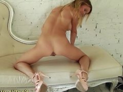 sweet skinny real flexi teen stretching
