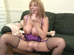 Huge tits MILF Sara Jay stretches out her pussy for Blackzilla