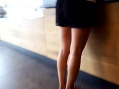 her sexy long legs, sexy feets natural toes
