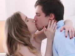 Teeny Lovers - Isabel Stern - Teeny wants it real deep