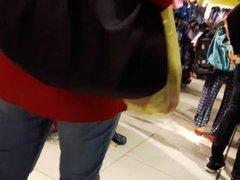 pendeja rica en el mall (8)