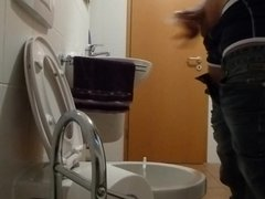 Geiler Bock auf Toilette