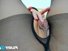 Flirt4Free - Jenna Gray - Vibrating Hitachi on Pussy for Up-Close Squirt
