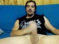 Italian metalhead jerks off on cam