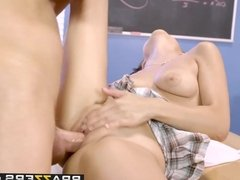 Brazzers - Big Tits at School - The Make-Up Exam scene starr