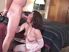 WIFE HAS HUBBY FILM HER  SUCKING NEW COCK