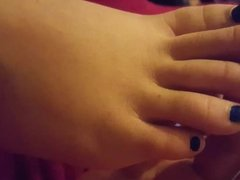 close up and play bbw Gf s blue toes