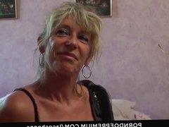LA COCHONNE - Dirty mature shows off big tits and sucks dick