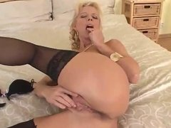 Big Cock In Moms Ass (sexy1foryou)