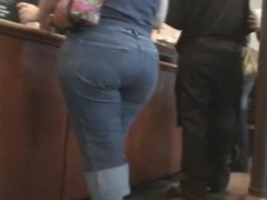 Wide Hips at Panera Bread with VPL