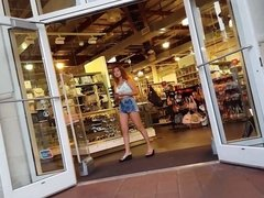 Candid voyeur teen gorgeous in jean shorts belly ring